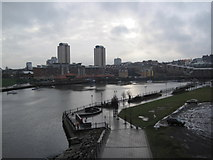 NZ4057 : River Wear by Les Hull