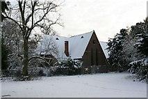 SU5985 : Fairmile Chapel by Bill Nicholls