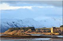 NM9247 : Castle Stalker in winter by Steven Brown
