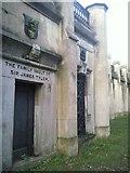 TQ2887 : Highgate Cemetery catacombs by Marathon
