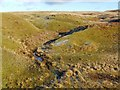NS4278 : Lime-kiln ruin in upper Auchenreoch Glen by Lairich Rig
