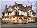 TQ7172 : The Chequers Pub, Lower Higham by canalandriversidepubs co uk