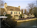 SP4809 : The Trout Inn Pub, Wolvercote by canalandriversidepubs co uk
