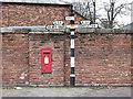 SJ8064 : Signpost, Brereton Heath by Jonathan Kington