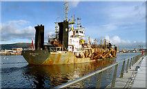 J3474 : Dredging the Lagan, Belfast (2) by Albert Bridge