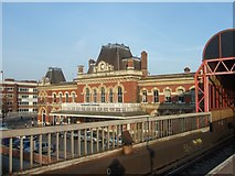 SU6400 : Portsmouth and Southsea station seen from platform 1 by David Smith