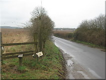 TR0650 : Footpath to Purr Wood by David Anstiss