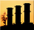 TA1528 : Saltend Power Station Chimneys by Andy Beecroft