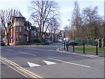 SO9098 : Park Corner by Gordon Griffiths