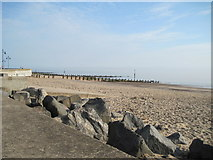 TA2047 : Early  Morning  at  Hornsea by Martin Dawes