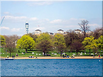 TQ2780 : The Serpentine, Hyde Park by Christine Matthews