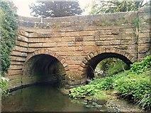 SE2768 : Fountain's Bridge by Matthew Hatton