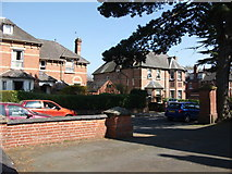 SP2871 : 9 and 9a Southbank Road, Kenilworth by John Brightley