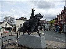 SJ0743 : Owain Glyndwr statue by Jeremy Bolwell