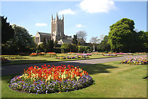 TL8564 : Abbey Gardens and St Edmundsbury Cathedral by Bob Jones