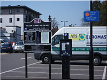 SP2871 : Car park ticket machine and charges, Abbey End, Kenilworth by John Brightley