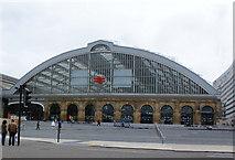 SJ3590 : Lime Street Station by Ian Greig