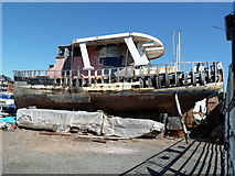 SX9291 : Des boat - in need of some attention by Chris Allen