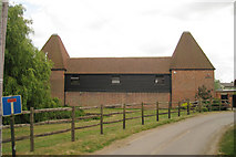 TR0454 : Prior Oast House, Denne Manor Lane, Shottenden, Kent by Oast House Archive