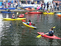 NT2472 : Canoes at Edinburgh Quay by kim traynor