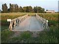 TF3911 : Bradley's Bridge by Richard Humphrey