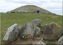 N5877 : Loughcrew cairns on Slieve na Calliagh by John M
