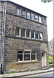 SE1309 : Queen's Cottage, 128, Towngate by Alan Longbottom