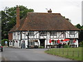 TR0660 : Red Lion, Hernhill by Oast House Archive