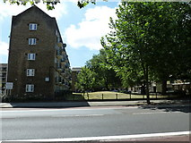 TQ3179 : Looking across Lambeth Road towards the China Walk Estate by Basher Eyre