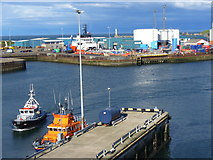 NJ9505 : Pilot Boat and Lifeboat, Aberdeen Harbour by Colin Smith