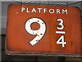SE5952 : Platform 9 and 3/4 by Dave Pickersgill