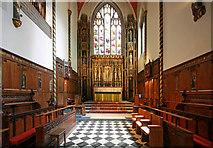 TQ2879 : St Paul, Wilton Place, London SW1 - Chancel by John Salmon