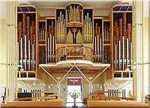 TQ2879 : St Peter, Eaton Square, London SW1 - Organ by John Salmon