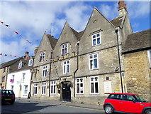 ST8993 : The Crown Inn, Tetbury by Maigheach-gheal