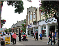 TL8783 : Shops in King Street, Thetford by Evelyn Simak