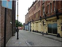 SE3320 : Bank Street Wakefield by Ian S