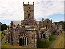 SM7525 : St. David's: the cathedral end-on by Chris Downer