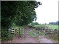 SU5013 : Hedge End footpath by Richard Dorrell