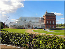NS6064 : Winter Gardens & People's Palace, Glasgow Green by David Dixon