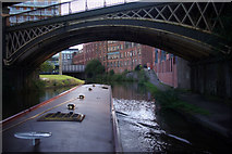 SJ8297 : Approaching Manchester on the Bridgewater Canal by Stephen McKay