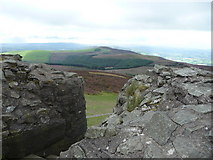 SJ1662 : The view south from Moel Famau Jubilee Tower by Jeremy Bolwell