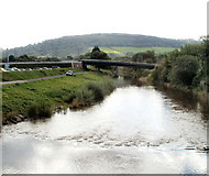 SO5012 : River Monnow downstream from Monnow Bridge, Monmouth by Jaggery