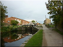 SE2833 : Walking along the Leeds to Liverpool Canal #22 by Ian S