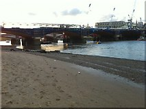 TQ3180 : Blackfriars Railway Bridge by Oxyman