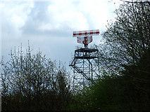 SJ8083 : Radar installation by Geoff Royle