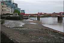 TQ3078 : Thames foreshore below the southern section of Vauxhall Bridge by N Chadwick