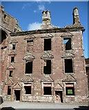 NY0265 : The 17C house in Caerlaverock Castle by Humphrey Bolton