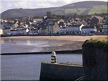 SC2484 : Peel Bay seen from the castle (2) by Shazz