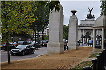 TQ2879 : London : Westminster - Constitution Hill by Lewis Clarke