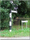 TM0890 : Old Signpost by Keith Evans
